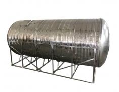 灭火水箱通常较大,生活水箱的容量相对较小